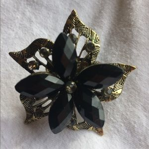 Jewelry - 🔥3 For $20.00🔥 Black Flower and Brass Ring